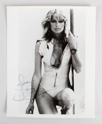 Farrah Fawcett Signed 8×10 Photo – COA JSA