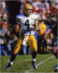 Brett Favre Green Bay Packers Autographed 8'' x 10'' Ball in One Hand Photograph - Mounted Memories