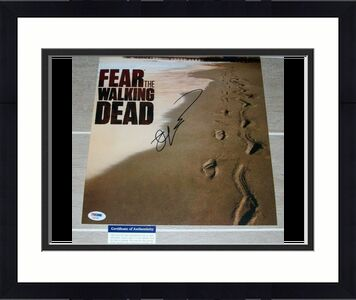FEAR THE WALKING DEAD ROBERT KIRKMAN signed autographed 11x14 PHOTO PSA/DNA COA