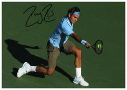 """Roger Federer Autographed 8"""" x 10"""" Light Blue Red Nike On Green Photograph"""