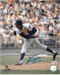 """Fergie Jenkins Chicago Cubs Autographed 8"""" x 10"""" Photograph with CY 71 Inscription"""