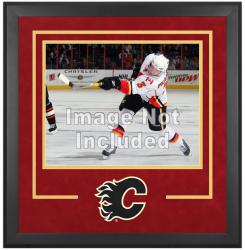 "Calgary Flames Deluxe 16"" x 20"" Horizontal Photograph Frame - Mounted Memories"
