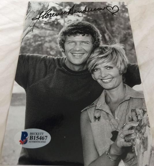 Florence Henderson Hand Signed The Brady Bunch Mom 4x6 Photo BAS COA B