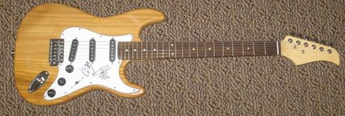 Florida Georgia Line Signed Electric Guitar Authentic Autograph Brian Tyler Coa