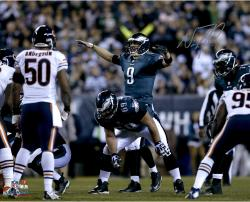 "Nick Foles Philadelphia Eagles Autographed 16"" x 20"" Horizontal Green Uniform On Line Photograph"