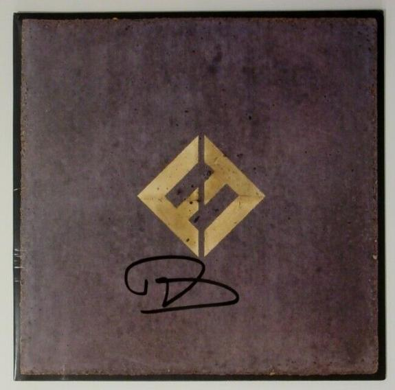 """Foo Fighters Autographed """"Concrete and Gold"""" Vinyl Album Dave Grohl     BAS COA"""
