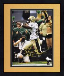Framed Autographed Reggie Bush Picture - 16x20 Mounted Memories