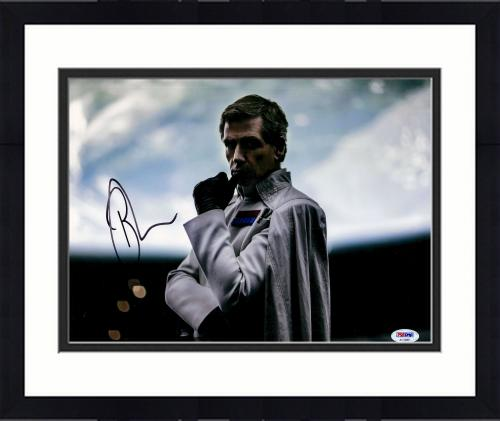 """Framed Ben Mendelsohn Autographed 11"""" x 14"""" Star Wars Rogue One Hand on Mouth Photograph - PSA/DNA COA"""