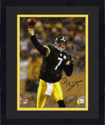 Framed Ben Roethlisberger Pittsburgh Steelers Autographed 8'' x 10'' Passing In Snow Photograph