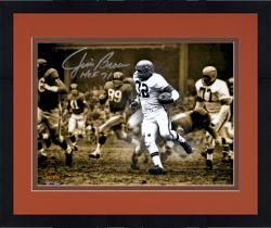 Framed Jim Brown Cleveland Browns Autographed 11'' x 14'' Spotlight Photograph with HOF 71 Inscription