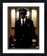 Framed Denzel Washington Signed Flight 11x14 Photo Beckett