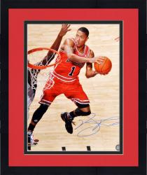 Framed Derrick Rose Chicago Bulls Autographed 16'' x 20'' Layup Photograph