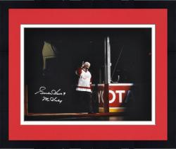 "Framed Gordie Howe Detroit Red Wings Autographed 16"" x 20"" Waving Photograph with Mr. Hockey Inscription"
