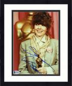 "Framed Diane Keaton Autographed 8""x 10"" Holding Oscar Award Photograph - Beckett COA"