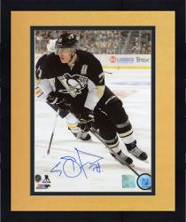 "Framed Evgeni Malkin Pittsburgh Penguins Autographed 8"" x 10"" Vertical Black Uniform Skating Photograph"