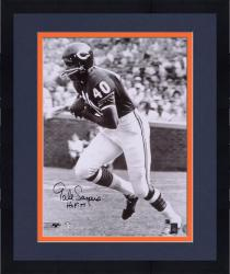 Framed Gale Sayers Chicago Bears Autographed 16'' x 20'' B&W Photograph with HOF 77 Inscription