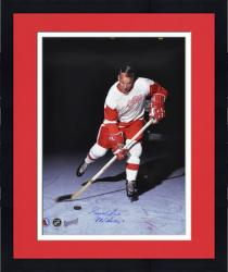 "Framed Gordie Howe Detroit Red Wings Autographed 16"" x 20"" Vertical Action Photograph with Mr. Hockey Inscription"