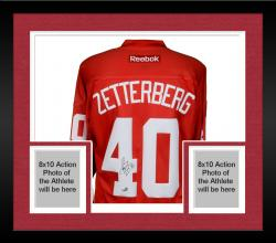 Framed Henrik Zetterberg Detroit Red Wings Autographed Reebok Red Jersey