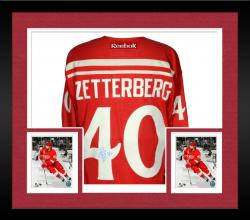 Framed Henrik Zetterberg Detroit Red Wings Autographed Reebok Winter Classic Jersey