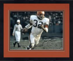 Framed Jim Brown Cleveland Browns Autographed 16'' x 20'' Running With Ball Photograph