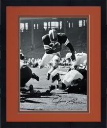Framed Jim Brown Cleveland Browns Autographed 16'' x 20'' Vertical Touchdown Dive Photograph