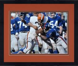 Framed Jim Brown Cleveland Browns Autographed 16'' x 20'' vs New York Giants Photograph