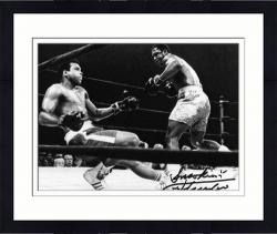 Framed Joe Frazier Autographed 8'' x 10'' vs Muhammad Ali Photograph with Smokin Inscription