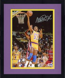 Framed JOHNSON, MAGIC AUTO (LAKERS/VS CLIPPERS) 8X10 PHOTO - Mounted Memories
