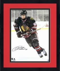 Framed KANE, PATRICK AUTO (BLACKHAWKS/STADIUM SERIES) 16X20 PHOTO - Mounted Memories