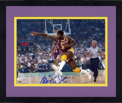 Framed Magic Johnson Los Angeles Lakers Autographed 8'' x 10'' Horizontal Passing Photograph