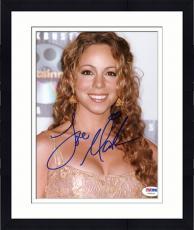 """Framed Mariah Carey Autographed 8""""x 10"""" Blockbuster Entertainment Awards Photograph - PSA/DNA COA"""