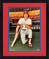 Framed Mike Schmidt Philadelphia Phillies Autographed 16'' x 20'' Kneel Pose Photograph