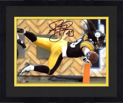 Framed Troy Polamalu Pittsburgh Steelers Autographed 8'' x 10'' TD Dive Photograph