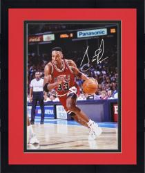 "Framed NBA Chicago Bulls Scottie Pippen Autographed 16"" x 20"" Photo"