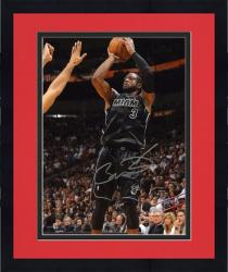 Framed NBA Miami Heat Dwyane Wade Autographed 8'' x 10'' Photo vs. New York Knicks