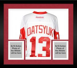 Framed Pavel Datsyuk Detroit Red Wings Autographed Reebok Winter Classic Jersey