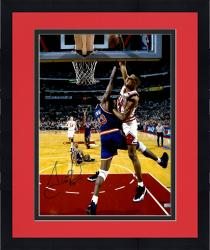 Framed Scottie Pippen Chicago Bulls Autographed 16'' x 20'' Dunk On Patrick Ewing Photograph