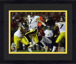 Framed Pittsburgh Steelers Ben Roethlisberger Super Bowl XLIII Signed 8'' x 10'' Photo