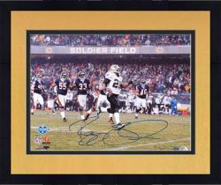 Framed Reggie Bush Autographed Photograph - 2007 NFC Championship Game 16x20 Mounted Memories