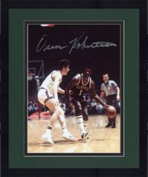 Framed Fanatics Authentic Autographed Oscar Robertson Milwaukee Bucks 8'' x 10'' Dribbling Defended Photograph