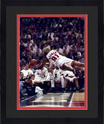"Framed RODMAN, DENNIS AUTO ""THE WORM"" (BULLS/DIVING) 16X20 PHOTO - Mounted Memories"