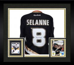 Framed SELANNE, TEEMU AUTO (DUCKS/BLACK/REEBOK) JERSEY - Mounted Memories