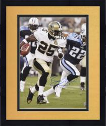 Framed Signed Reggie Bush Photograph - 16x20 Mounted Memories