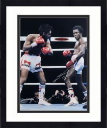 "Framed Sugar Ray Leonard Autographed 16"" x 20"" vs. Roberto Duran Photograph"
