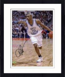 Framed Vince Carter North Carolina Tar Heels Autographed 8'' x 10'' Photograph -
