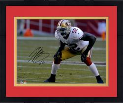Framed Patrick Willis San Francisco 49ers Autographed 16'' x 20'' Hands On Knees Photograph