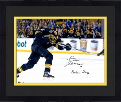 Framed Zdeno Chara Boston Bruins Autographed 16'' x 20'' Photograph with Boston Strong Inscription