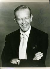 Fred Astaire Jsa Coa Hand Signed 8x10 Photo Authenticated Autograph