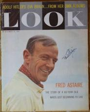 Fred Astaire Jsa Coa Hand Signed Full 1959 Look Magazine Authentic Autograph