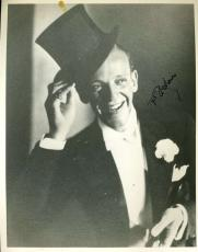 Fred Astaire Psa/dna Coa Hand Signed 8x10 Photo Authentic Autograph